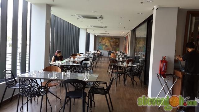 glow_hotel_zest_bar_cafe5