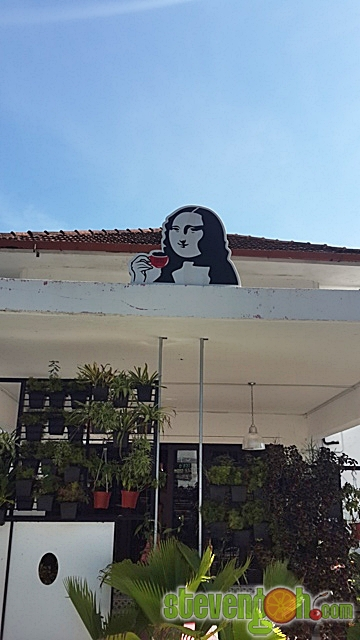 d_fat_mona_lisa_cafe2