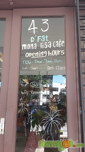 d_fat_mona_lisa_cafe4