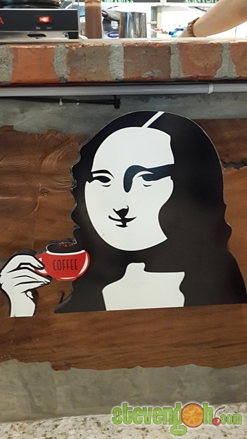d_fat_mona_lisa_cafe8