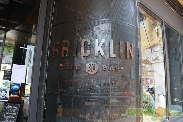 hin_bus_tavern_bricklin9