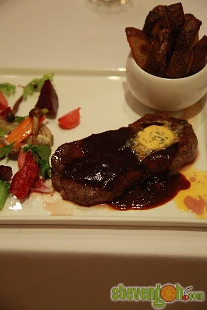 Suffolk _House_Fine_Dinning31