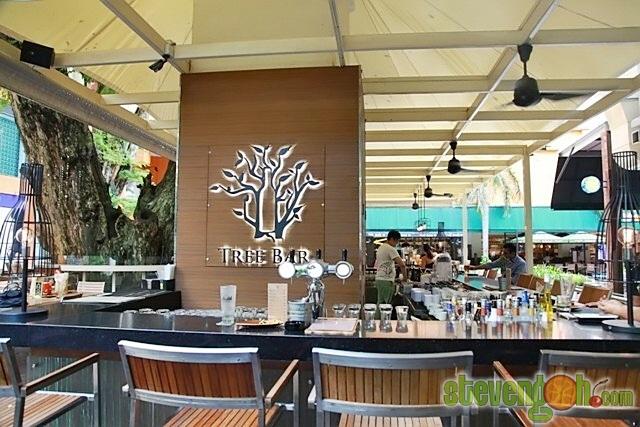 g_hotel_tree_bar1